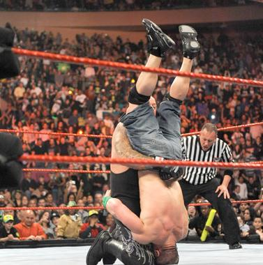 39340_tombstone_cena_wwe_raw_msg